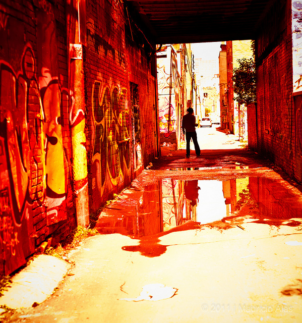Alley Red